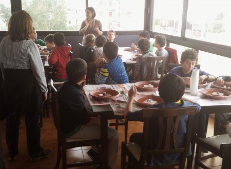 Scolaresca di bambini italiani